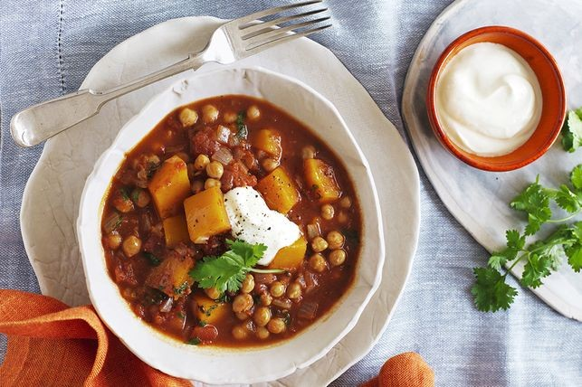 Pumpkin, coconut and chickpea curry
